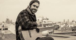 Raúl R. Sola publica el sencillo 'Primer verano en las islas'